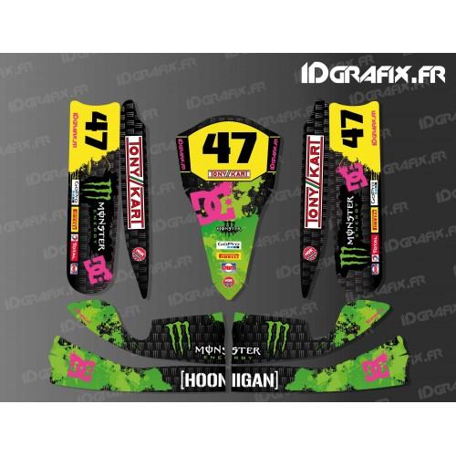 photo du kit décoration - Kit déco 100 % Personnalisé Monster Noir pour Karting TonyKart M4 + Plancher